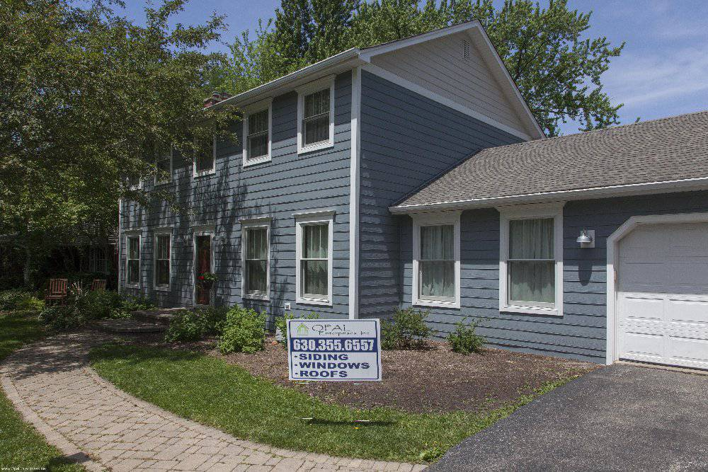 home with new siding in Wheaton Illinois installed by Opal Enterprises #OpalCurbAppeal